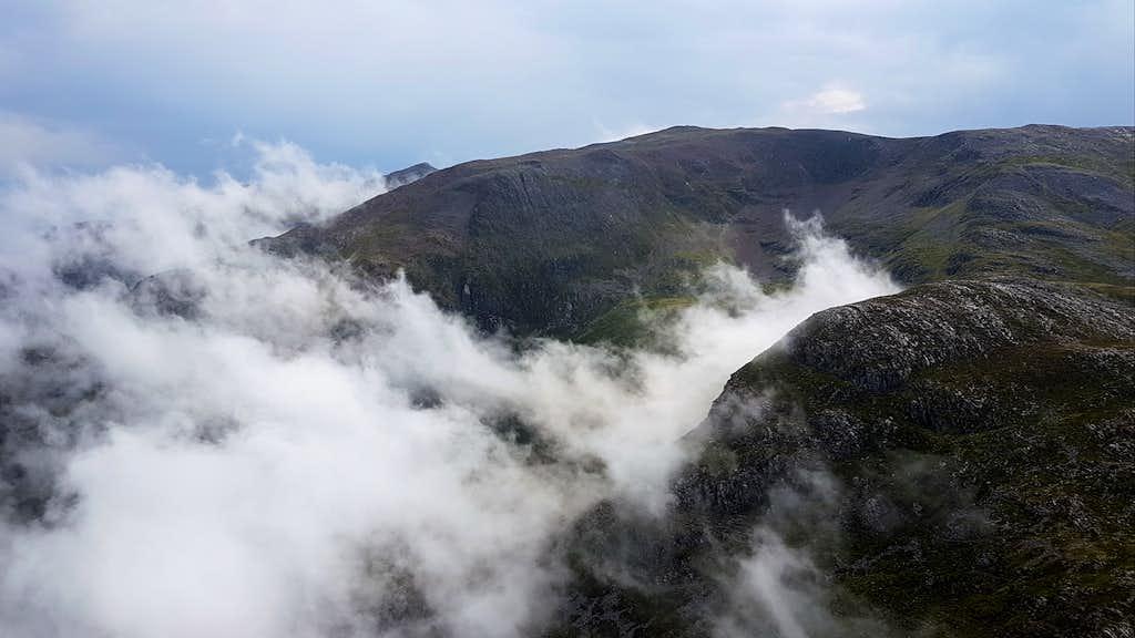 Cloudy Sgorr nam Fiannaidh