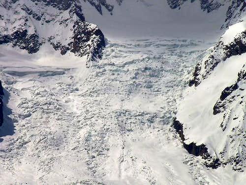 Il ghiacciaio della Brenva,...