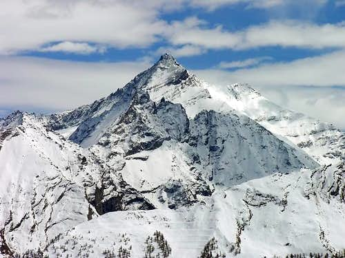 La Grivola (3969 m.), in...