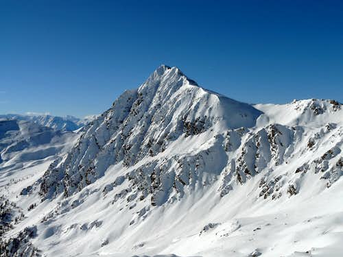 Monte Faroma (3073 m) from east
