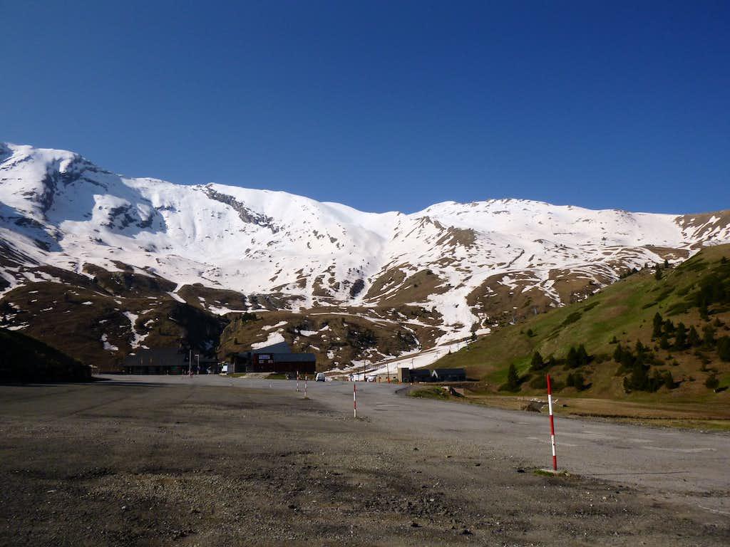 7 - The ridge above the Ski resort