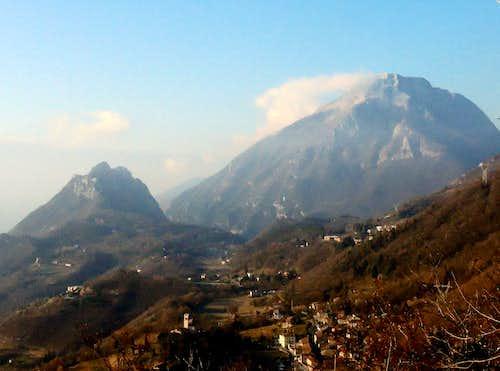 Monte Castello di Gaino and Pizzocolo seen from Monte Comèr