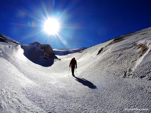 Narrow valley on the route to Monte Sillara