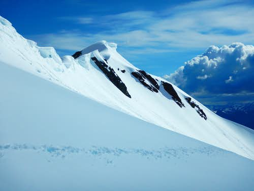 Traverse to the summit