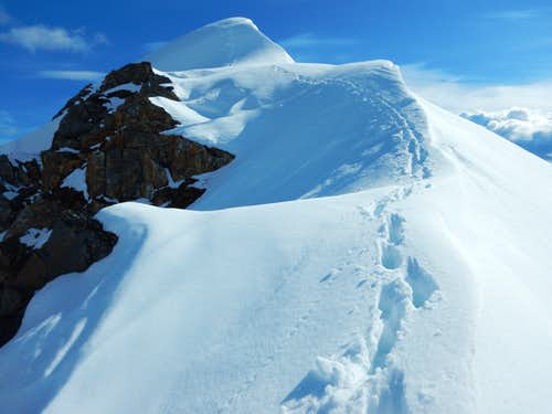 Final summit traverse