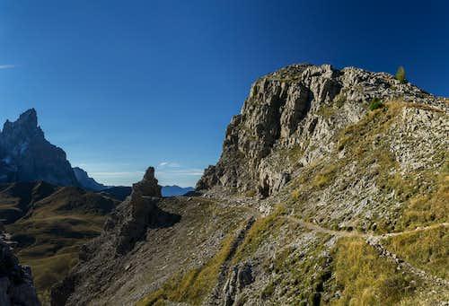 The summit block of Monte Castellaz