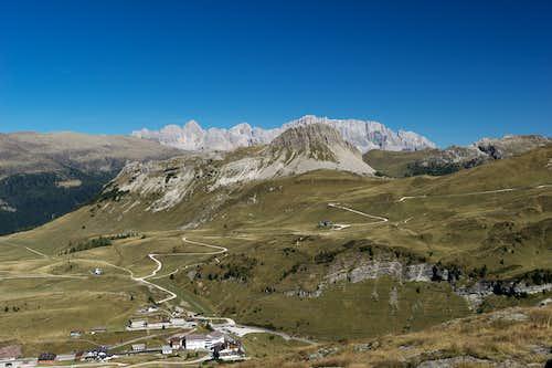 Monte Castellaz in front of Marmolada