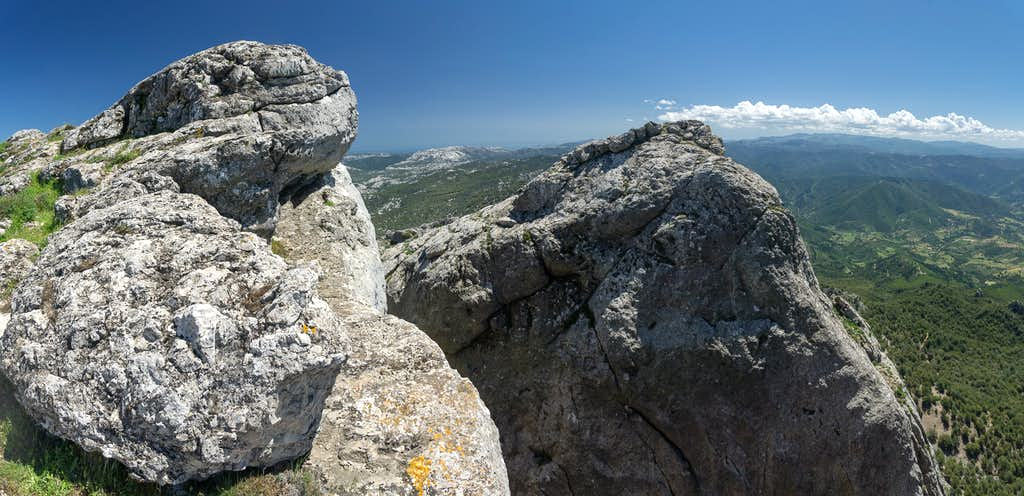 Main and south summits of Monte Corrasi