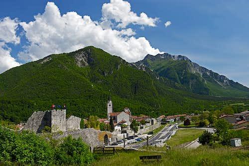 Monte Chiampon / Veliki Karman from Venzone/Vencon/Pušja vas
