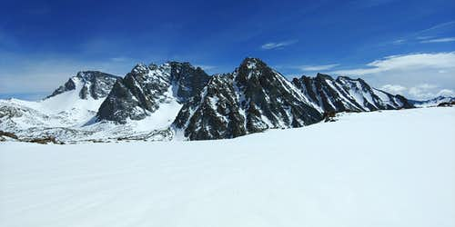 The Darwin Group from West of Lamarck Col