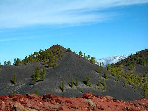 Volcán Búcaro and Caldera de...