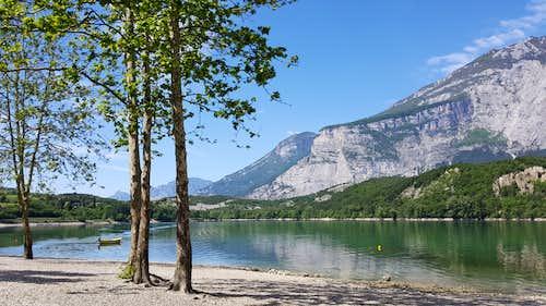 Cima alle Coste from Lago di Cavedine