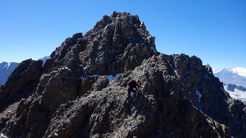 Summit scramble of Cerro Placas