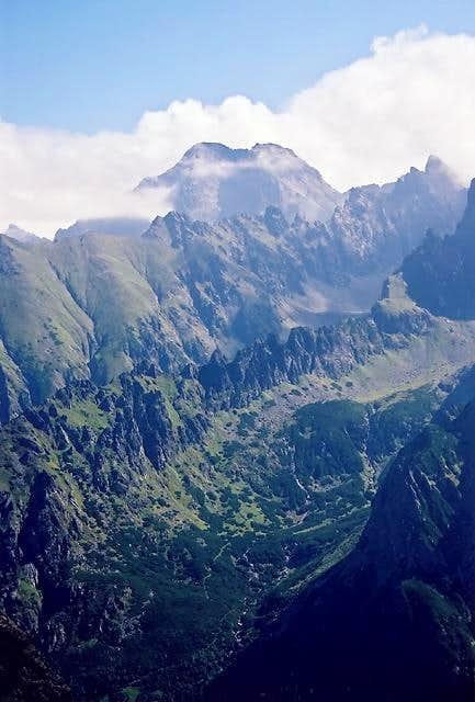 Ladovy Peak(2628) massif...