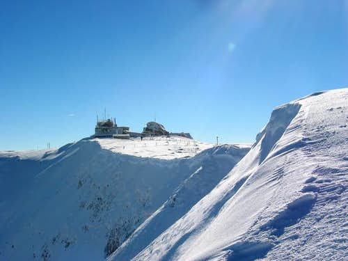 peak omu and meteo station in...