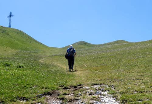 Approaching the summit of Monte Catria