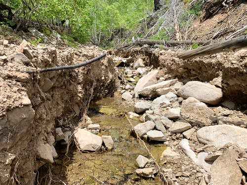 Road/access damage to Pennell, via east access (Straight Creek).