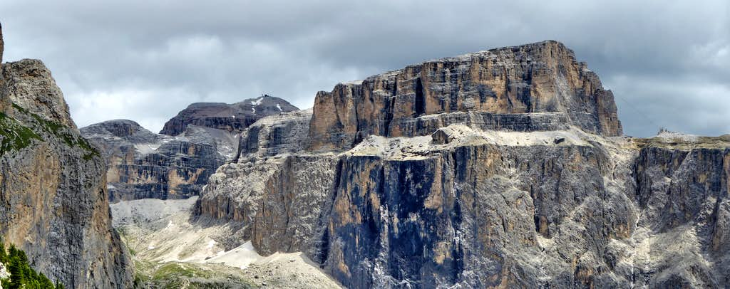 Val Lasties in the Sella Group