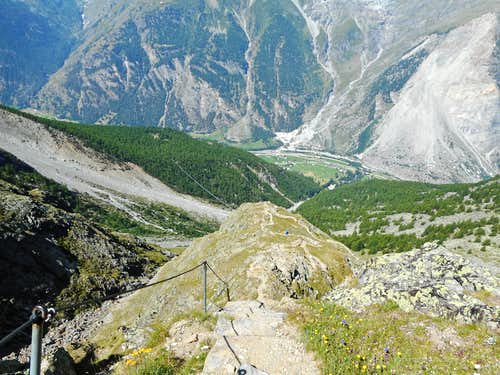 View down to Randa from the path to the Dom hut