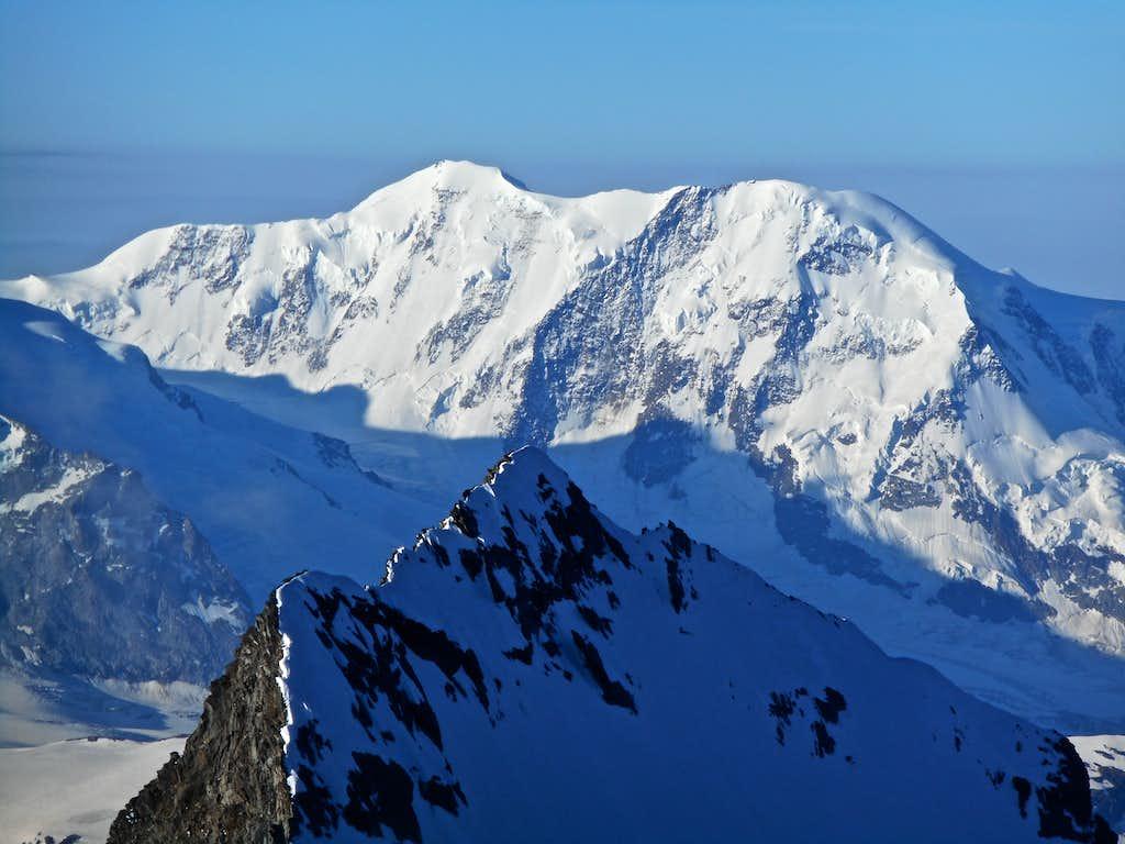 Liskamm with Taschhorn summit in the foreground