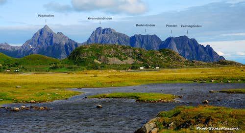 Vågakallen range seen from Vestvågøy East coast