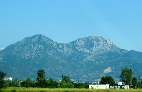 Mountains above Lezhe