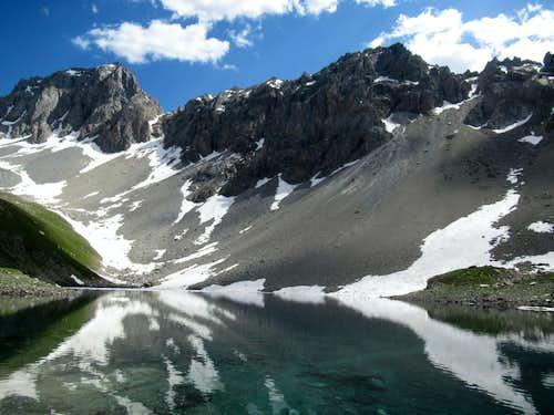 Apsoi Lake reflections