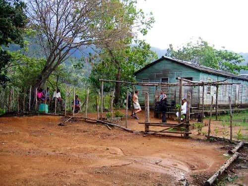 La Esmajagua shelter at 600m.