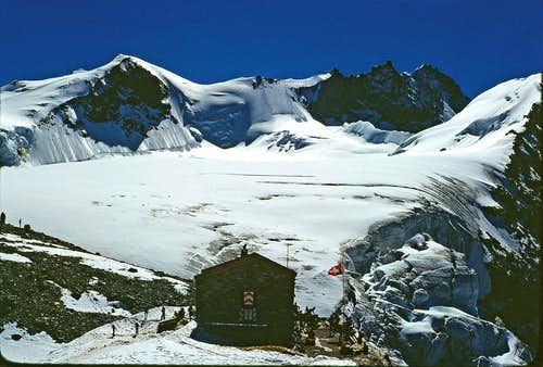 Old Tracuit hut, Bishorn and Weisshorn in 1978