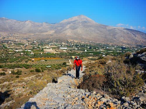 Vathy Valley, start of the Italian Path (Kalymnos)