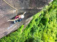 rock-climbing-rio-de-janeiro-sugarloaf-route-passaros-de-fogo