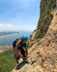 rock-climbing-rio-de-janeiro-sugarloaf-route-italianos-2