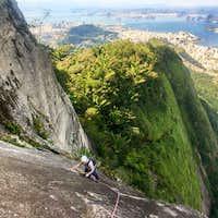 rock-climbing-rio-de-janeiro-corcovado-christ-statue-route-K2-9