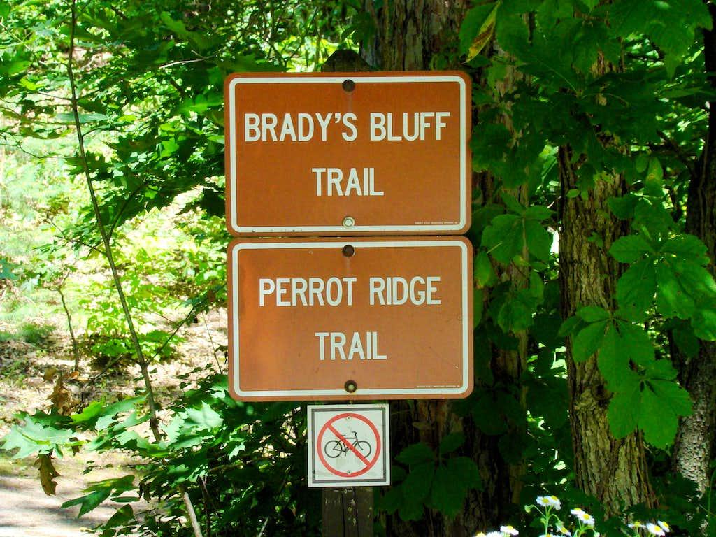 Trailhead for Perrot Ridge