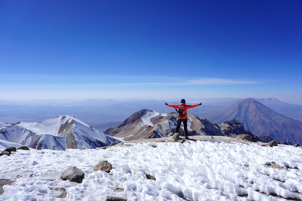 On the summit of Volcan Chachani (6075m / 19.931 ft)