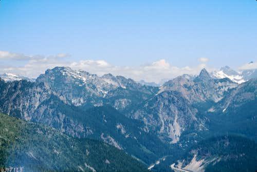Snoqualmie area peaks from Abiel