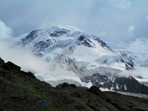 Liskamm from just below Monte Rosa Hut