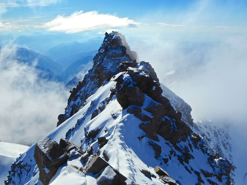 Dufourspitze summit ridge