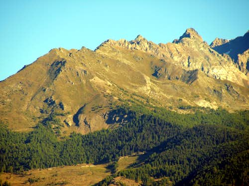 A hot & ... : From Mont Saron towards La Salliaousa