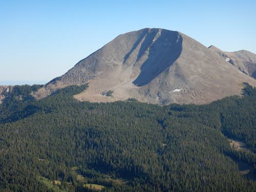 Mount Mellenthin from above Geyser Pass