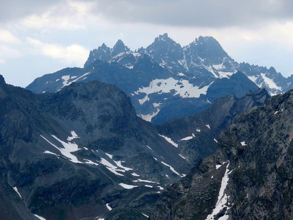 Sharp ridge of Fluchthorn