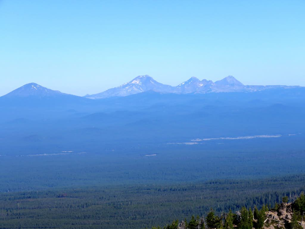 Zoomed view of Three Sisters and Mt. Bachelor