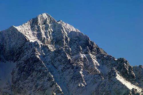 Ladovy Stit(2628) (Icy Peak)...