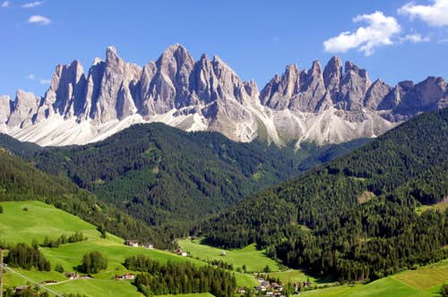 Val di Funes/Villnöß and Odle/Geisler group in background