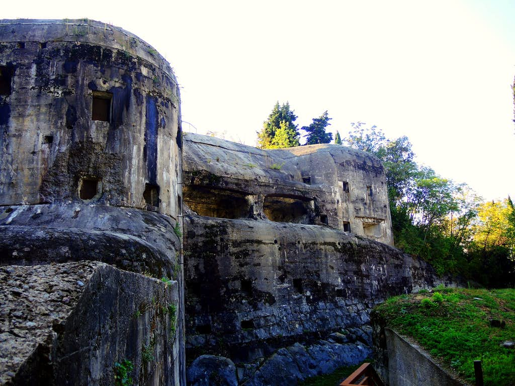 Garda fortress, Monte Brione
