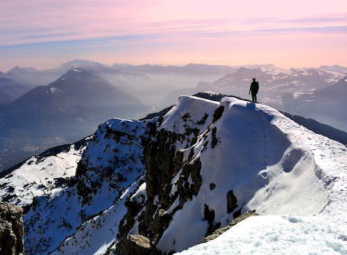 Snow ridge on Monte Stivo