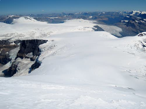 Looking east at the Columbia Icefield