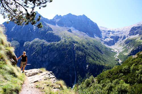 Val di Genova day trip