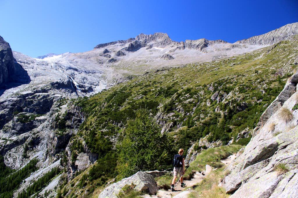 Val di Genova day trip.