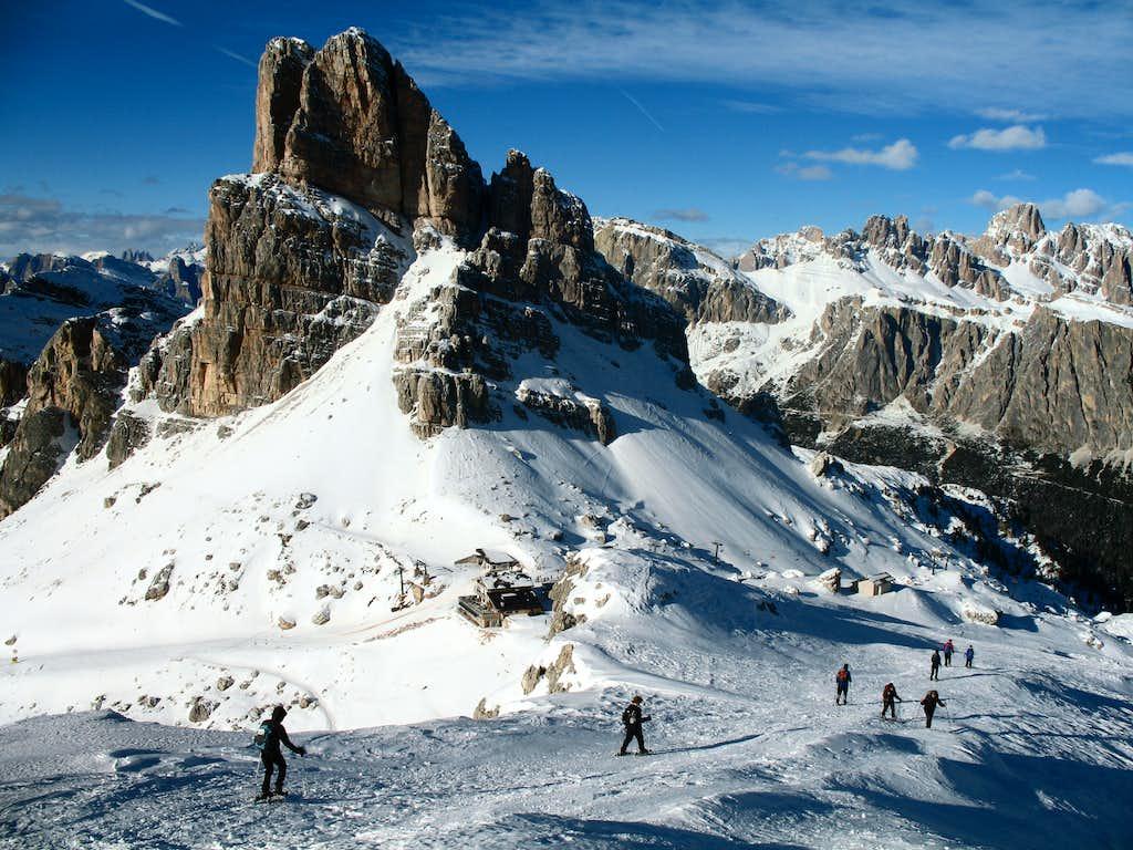 Snowshoe ascent of Nuvolau